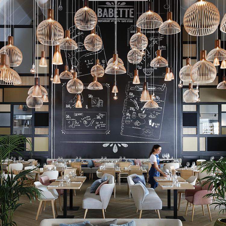 Babette  Vivre bien – Manger sain – Être responsable   Babette est un restaurant concept store destiné à une clientèle de plus en plus attentive à son mode de consommation. Le mode de vie « healthy » nécessite une